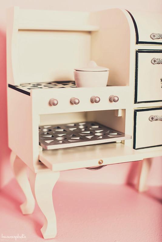 vintage doll stove #intheknowkid