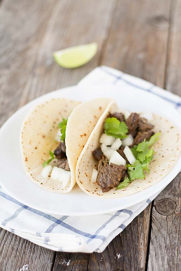 simple street tacos | heathersfrenchpress.com