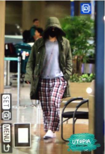 Big Bang - Incheon Airport - 10apr2015 - TOP - Utopia - 05