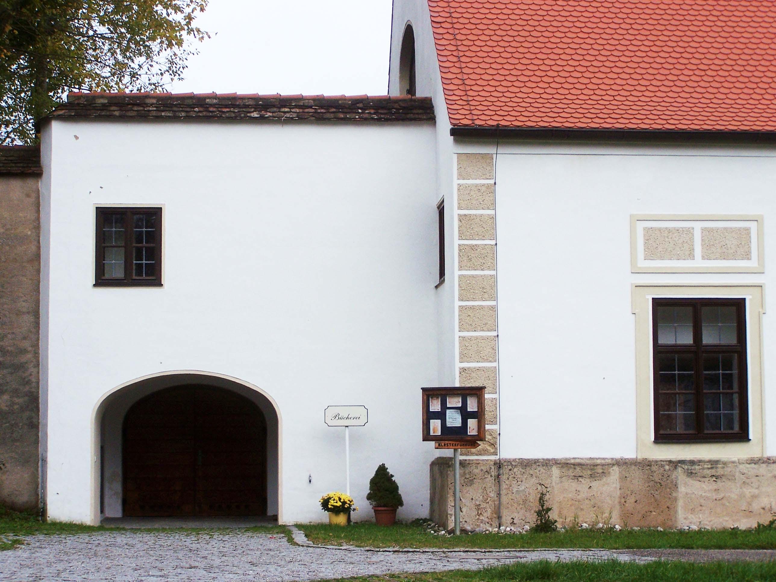 Eingang Klosterbücherei Wessobrunn