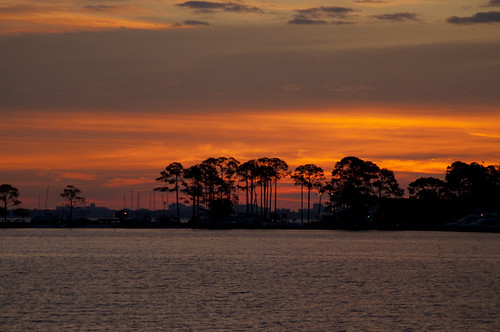 sky usa water sunrise nikon wasser unitedstates florida fortwaltonbeach ftwaltonbeach choctawhatcheebay fwb okaloosacounty d5000 fisherbray garniersbeachpark