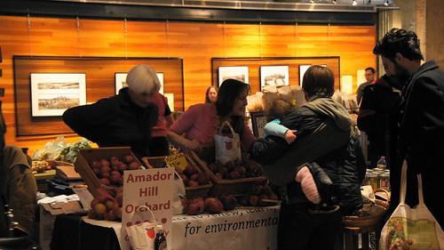 November 22, 2014 Mill City Indoor Farmers Market