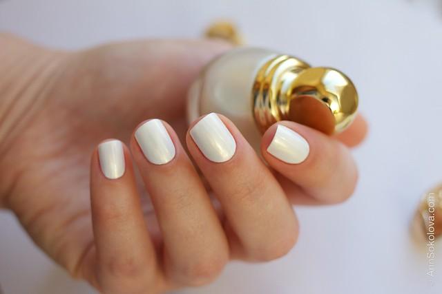14 Dior Diorific Vernis #022 Mirror over Mavala   White + topcoat