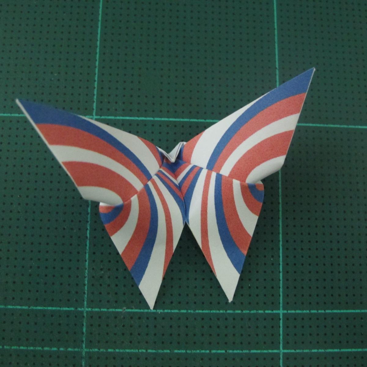 การพับกระดาษเป็นผีเสื้อแบบง่ายๆ (Easy Origami Butterfly) 011