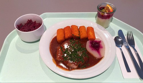 Burgundian roast venison with croquettes, pear & cranberries / Burgunderbraten vom Hirsch mit Kroketten, Birne & Preiselbeeren