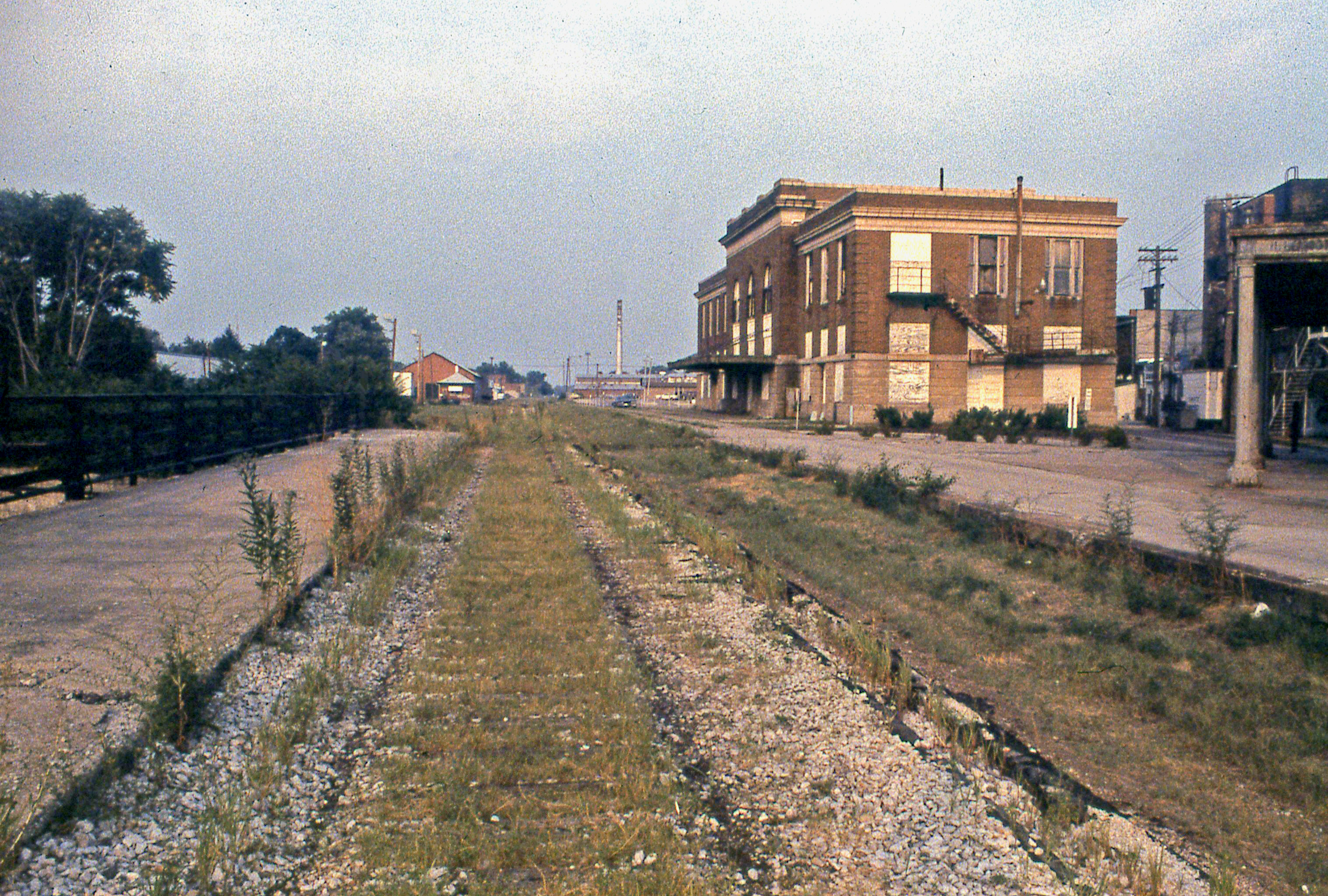 Mattoon (IL) United States  city photos gallery : trainstations conrail newyorkcentral abandonedrailroads ...