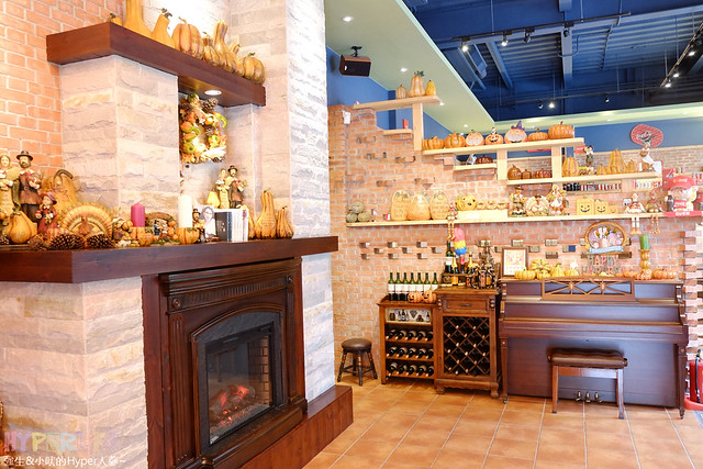 16194671387 058d2f8332 z - 南瓜屋魔女露露的廚房 - 環境非常棒的台中勤美草悟道旁義式餐廳