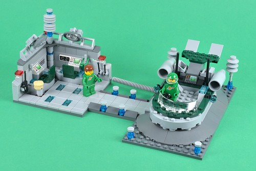 Review Lego Ideas Hover Scout And Recharge Dock