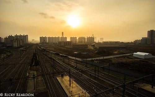 sunset traintracks trainstation carpark yongsan canon6d voigtlander20mm