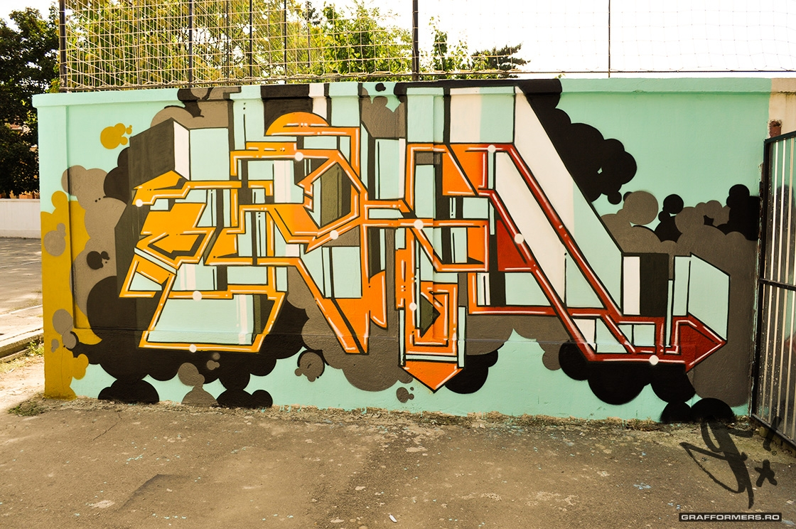 04-20110818-arts_high_school_yard_session_1-oradea-grafformers_ro