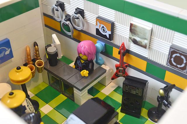 MS Store Interior 3 (s8)