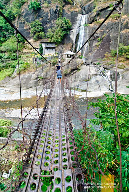 Hanging Bridge to Bridal Veil Falls