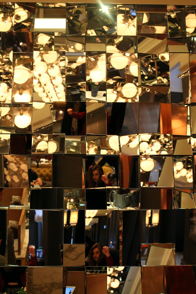 The Mirror Room Rosewood London (3)