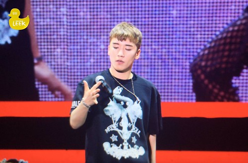BIGBANG FM Chengdu 2016-07-03 Seungri (14)