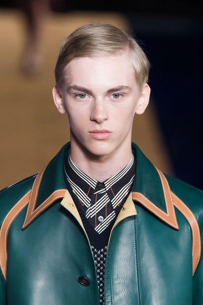 Dominik Sadoch3104_SS15 Milan PRADA(fashionising.com)