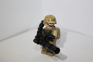 Minigun With closed chain loader