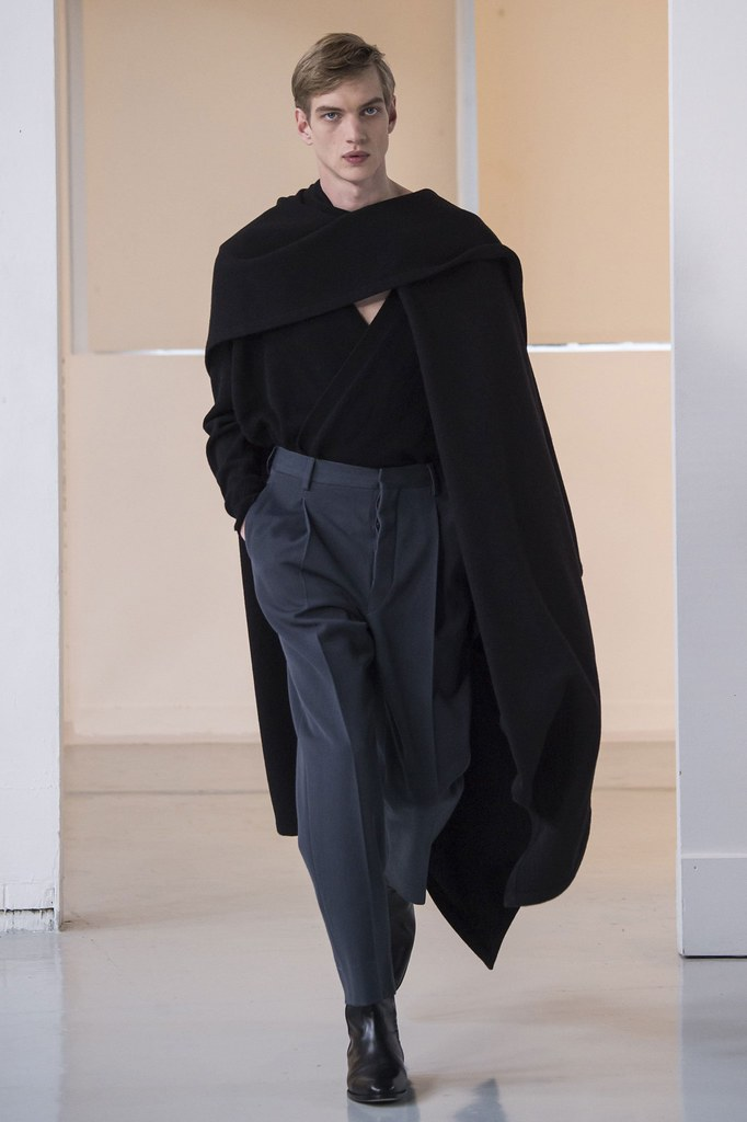Paul Boche3637_2_FW15 Paris Christophe Lemaire(fashionising.com)