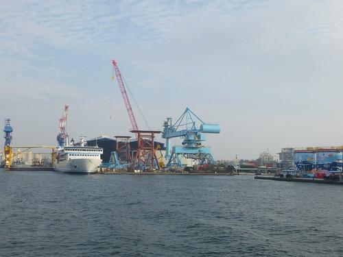 Ta-Kaohsiung-Cijin-ferry (4)