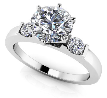 Anjolee-Jewelry-Diamond-Side-Accent-Solitaire-Ring-01
