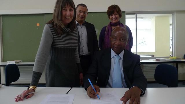 AAPS-SDI memorandum signing