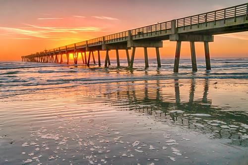 usa beach sunrise landscape nikon waves florida jacksonville atlanticocean fishingpier d300 2015 jacksonvillebeachpier jaxbeachpier godsbeauty nikond300 rwigginphotos ronniewiggin jacksonvillebeachpieratsunrise