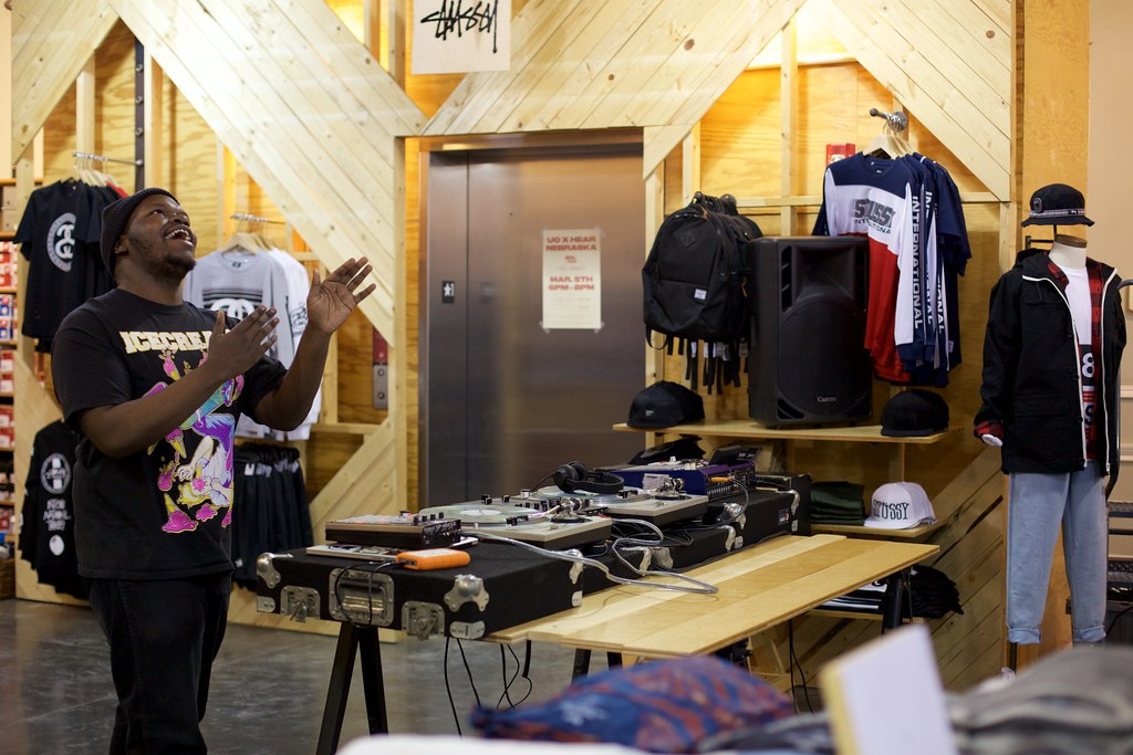 INFNTLP at Urban Outfitters | March 5, 2015