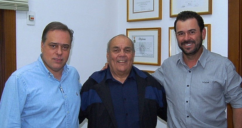 25 07 2016 - Barão de Cocais - Prefeito Armando e Leo H7 (1)
