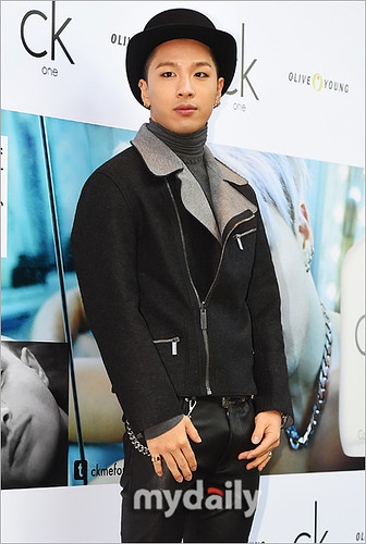 Taeyang-CKOne-Press-20141028__212