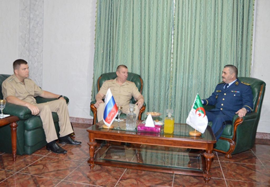 الجزائر : صلاحيات نائب وزير الدفاع الوطني - صفحة 3 28878159751_dc25c56255_o