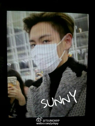 TOP - Hong Kong Airport - 15mar2015 - yxlqsy - 02