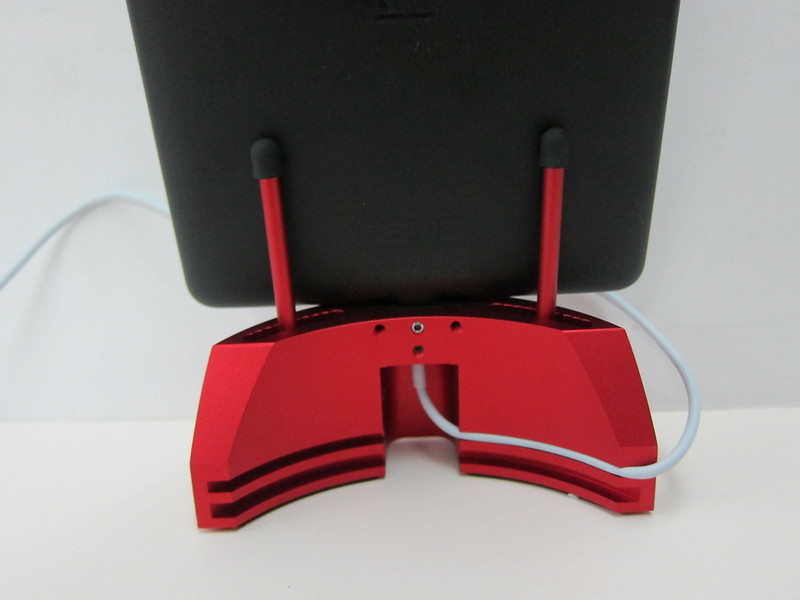 ARQ Dock 2.0 - Red With Nexus 7