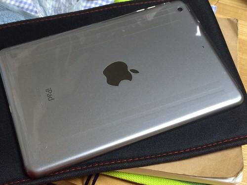 iPad mini 2 Wi-Fiモデル スペースグレー
