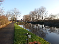 Lock into River Aire at Castleford Ings