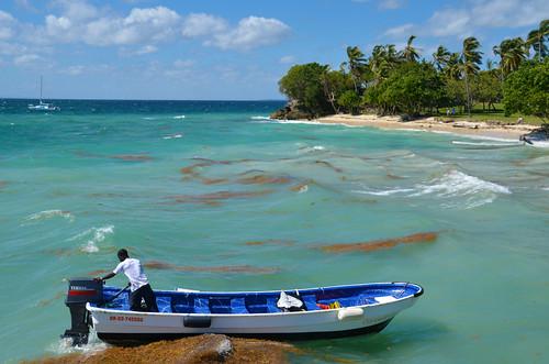 beach water island boat dominicanrepublic playa tropical republicadominicana choppy cayolevantado samanabay