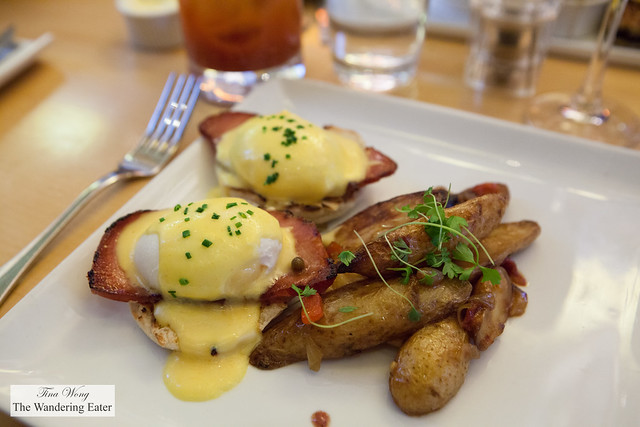 Eggs Benedict with eggs