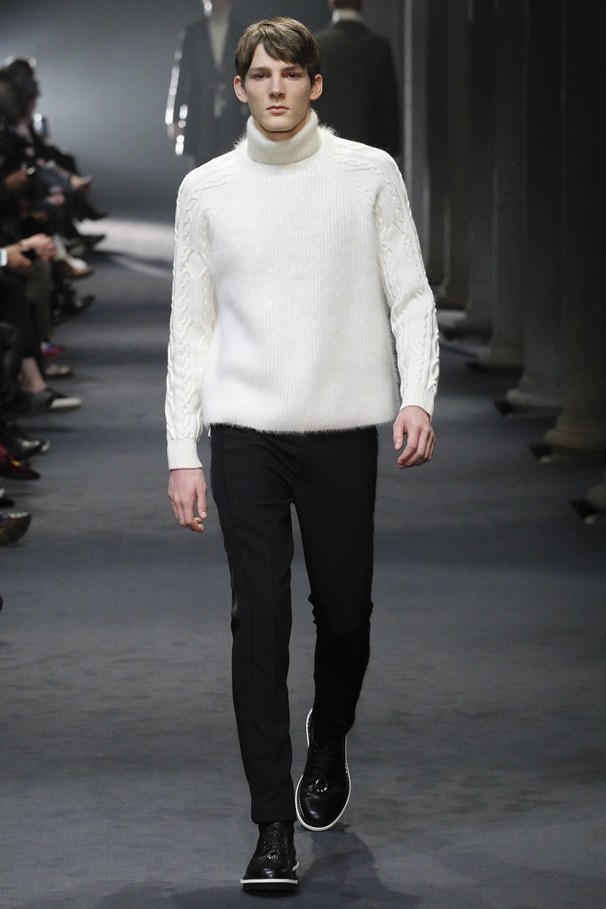 FW15 Milan Neil Barrett013_Boris Peters(VOGUE)