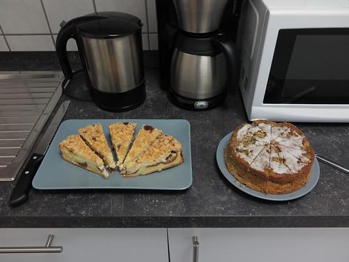 Kuchen im Büro anlässlich meines Geburtstages