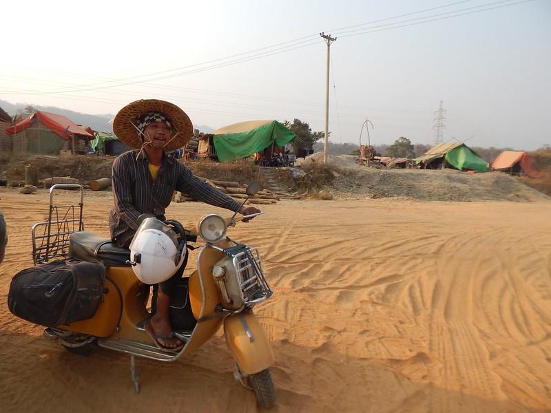 150226-0301 Myanmar (124) (2304 x 1728)