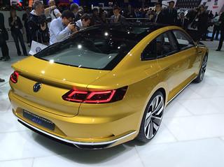 VW-Sport-Coupé-Concept-GTE-10