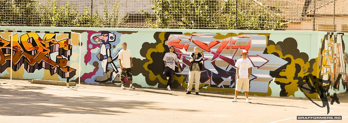 01-20110818-arts_high_school_yard_session_1-oradea-grafformers_ro
