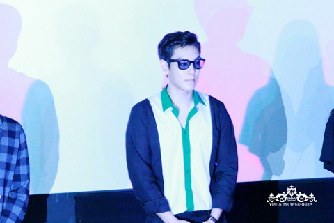 TOP_StageGreetings-Day3-20140908 (51)