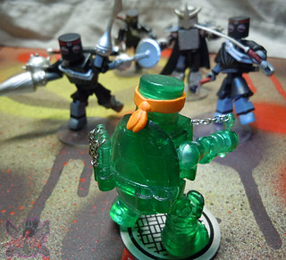 Nickelodeon  TEENAGE MUTANT NINJA TURTLES ; MINIMATES :: MUTAGEN MICHELANGELO xiv / ..vs. M.M. FOOT CLAN (( 2014 ))