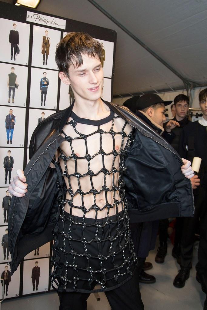 Yulian Antukh(Antuh)3135_FW15 Paris 3.1 Phillip Lim(fashionising.com)