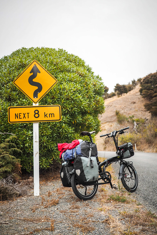 Tern Verge S27h on gravel road Redwood Pass (near Blenheim, New Zealand)