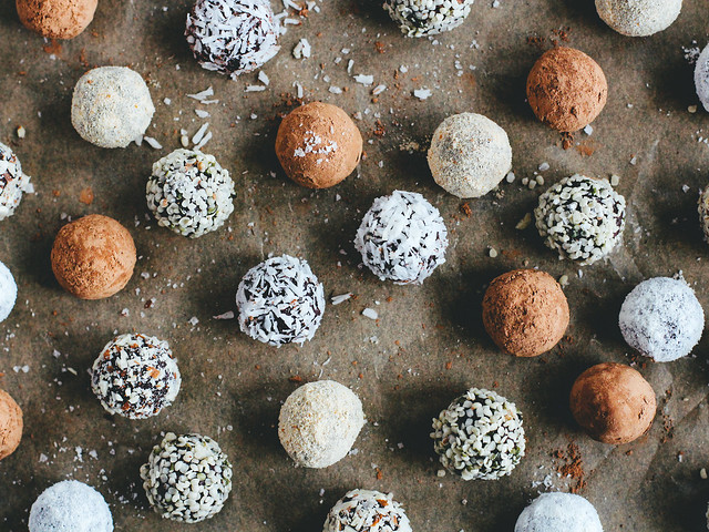 Salted chocolate truffles
