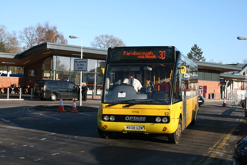 Fleet Buzz-Stagecoach South 47738 on Route 30, Fleet Station