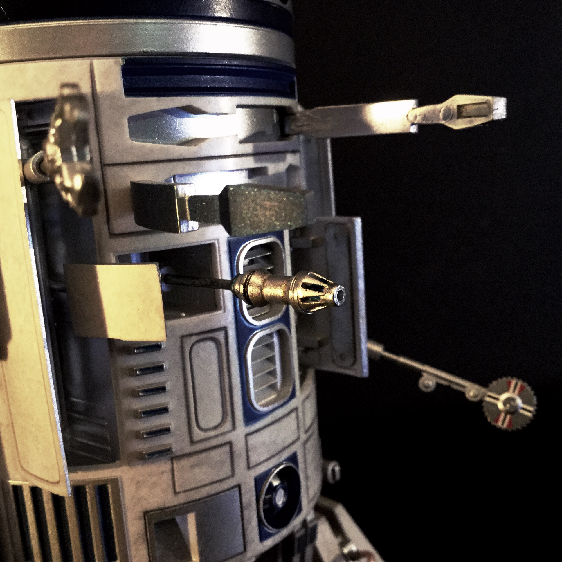 [REVIEW] Star Wars : R2-D2 Deluxe (Sideshow) 16257822939_51375341c4_o