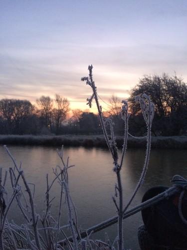 Frosty start at Semington