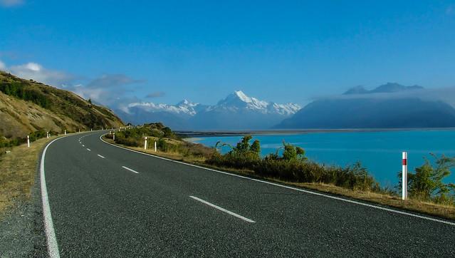 Road to Aoraki/Mt Cook