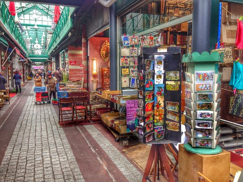 mercato delle pulci a parigi saint ouen
